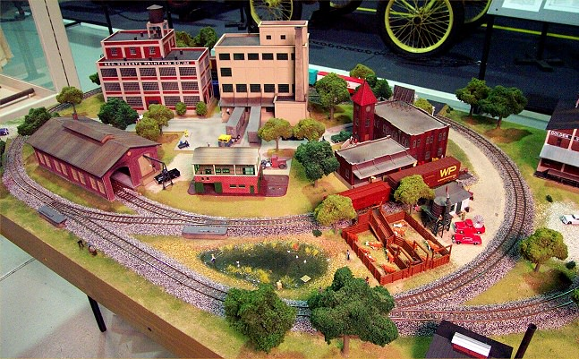 Gateway central viii 4x6 foot small ho scale model railroad power loc track gateway nmra - Ho train layouts for small spaces image ...