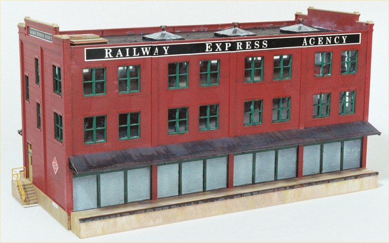 "Walthers Cornerstone ""Railway Express Agency"" Assembly Tips and"