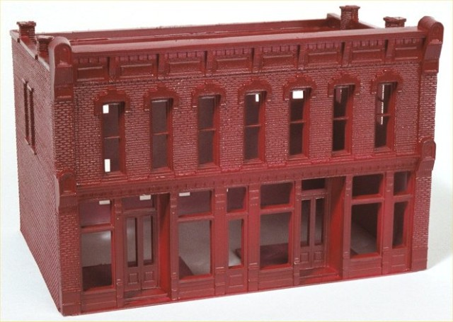 DPM Front Street HO scale model building with initial brick color applied.