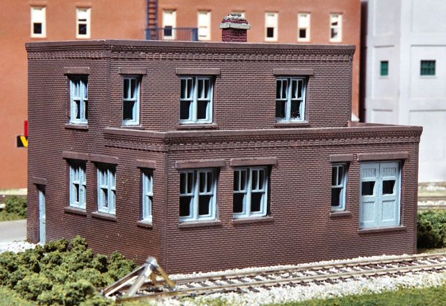 Model Buildings on the Gateway Central X HO Scale Project