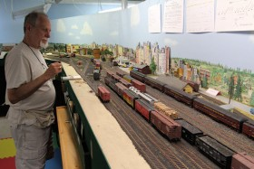 Bob Johnson's Pseudo-Soo Line HO Scale Model Railroad Layout