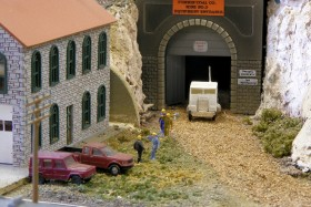 Bob Boedges' N Scale Fussin & Fumin Model Railroad