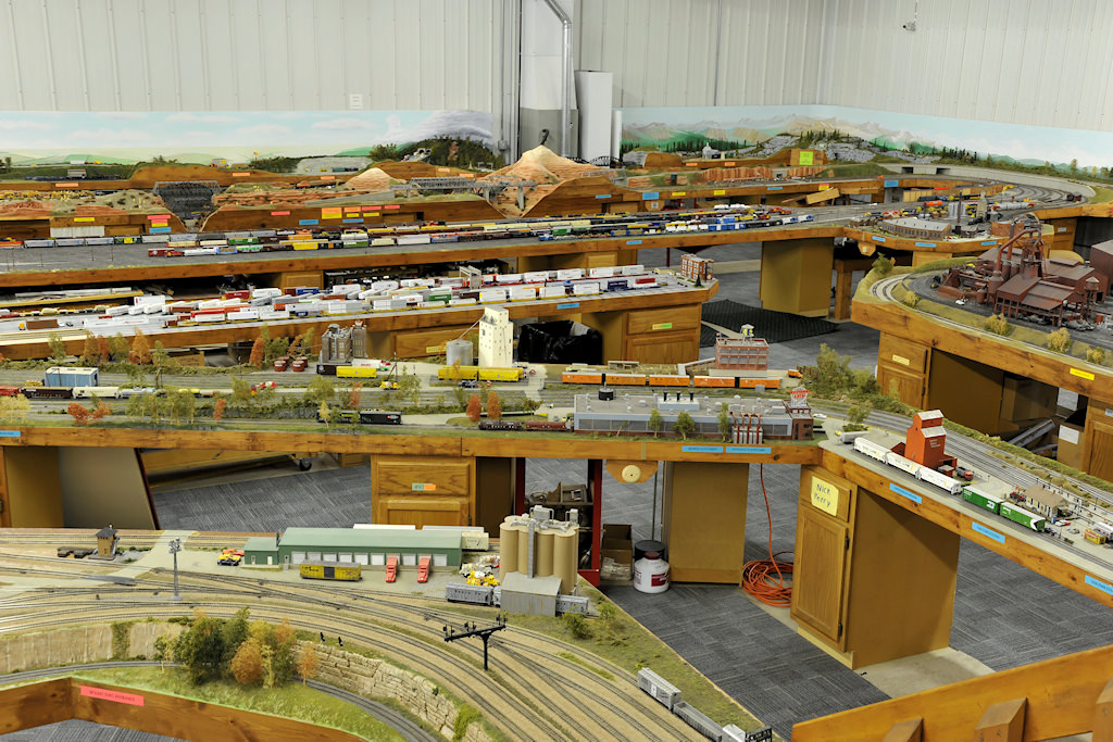 Kenneth Kroschwtz S Amazing K 10 Model Trains Layout