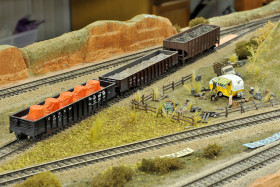 Kenneth Kroschwtz's Amazing K-10 Model Trains Layout