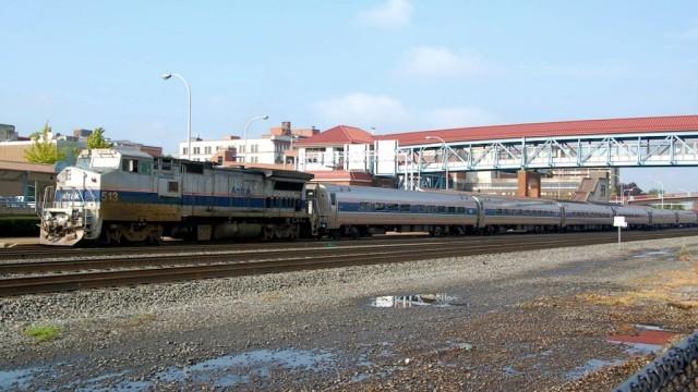 Amtrak's Pennsylvanian calls at Altoona