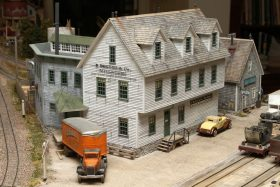 Pete Smith's Beautiful Loon Lake Railway & Navigation Co. Sn3 Model Railroad
