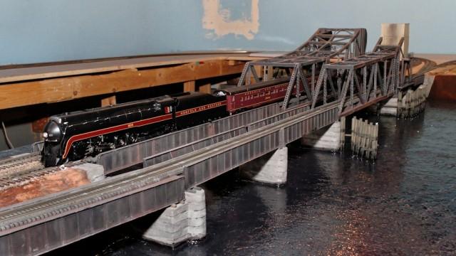 Elizabeth River Bridge scene under construction.
