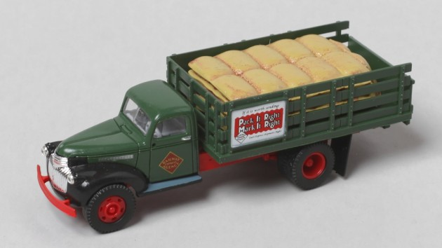 Easy Loads for the Classic Metal Works Stake Bed Truck