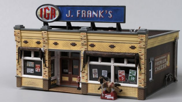 Woodland Scenics Frank's IGA Grocery HO Scale Store