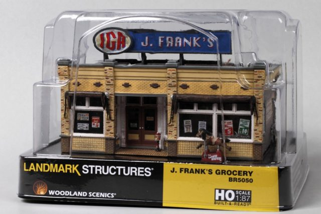 Woodland Scenics Built-&-Ready J. Frank's Grocery Packaging