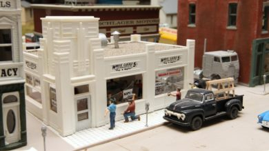 White Castle Window Scene on Gregor Moe's HO Layout