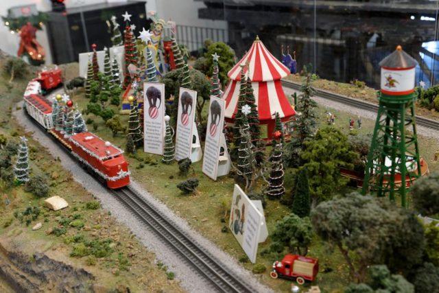 Andrew Arth circus train exhibit
