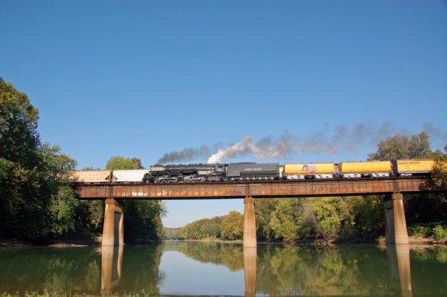 UP's classic Challenger 3985 returns to Wyoming, crossing the Meramec River at Sherman Beach just east of Eureka, Missouri.