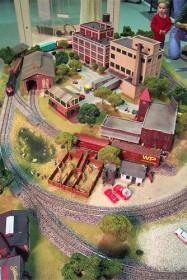 Gateway Central VIII 4x6 Small HO Scale Model Railroad