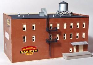 "Bachmann Spectrum ""Variety Store"" 160-88004"