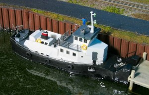 Gateway Central XII Tow Boat