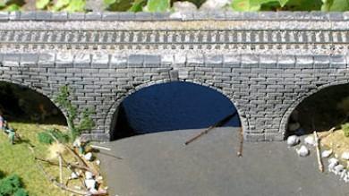 Scratch Building a Stone Arch Viaduct.