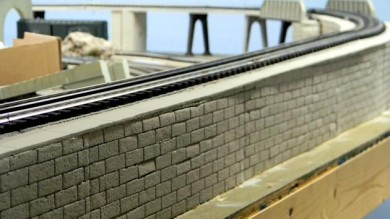 Build a Retaining Wall With Packing Styrofoam