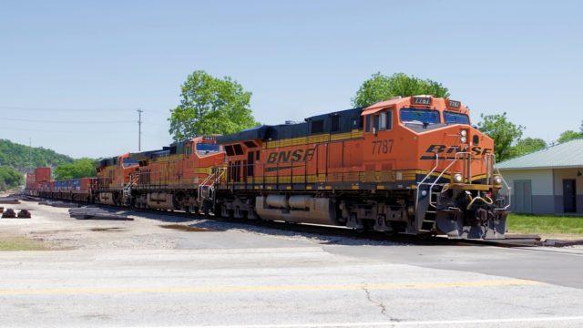 Beautiful Spring Day Railfanning Pacific Missouri