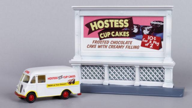 Mini Metals Hostess Cupcake Delivery Truck and Billboard Set